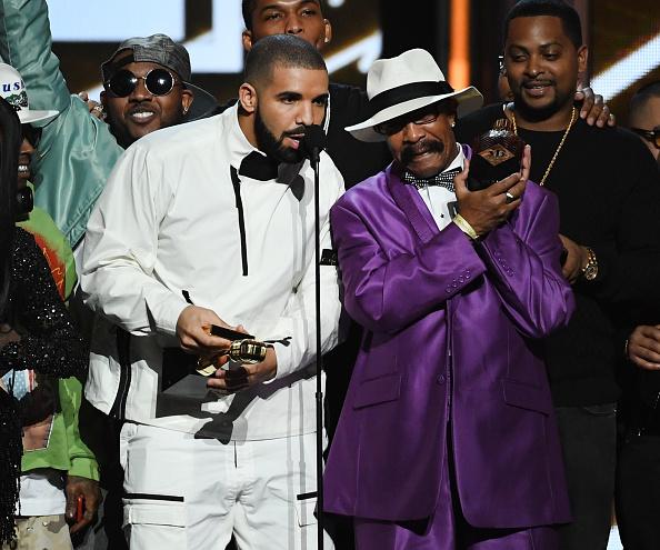 Drake - Entertainer「2017 Billboard Music Awards - Show」:写真・画像(7)[壁紙.com]