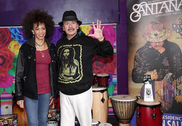 Coat - Garment「Carlos Santana Joins Las Vegas Philharmonic For Global Edition Of orKIDStra Program」:写真・画像(9)[壁紙.com]