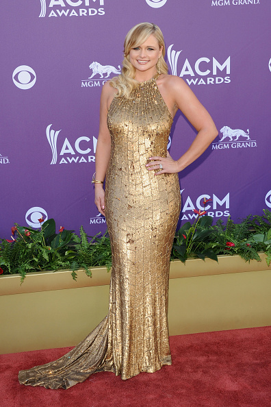 Halter Top「47th Annual Academy Of Country Music Awards - Arrivals」:写真・画像(19)[壁紙.com]