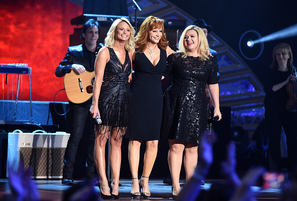 Females「2014 American Country Countdown Awards - Roaming Show」:写真・画像(4)[壁紙.com]