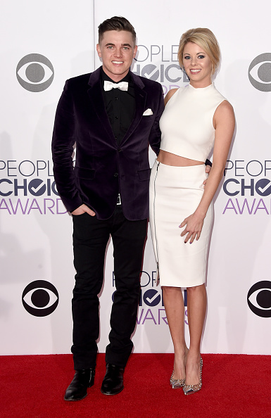 Pocket Square「The 41st Annual People's Choice Awards - Arrivals」:写真・画像(18)[壁紙.com]