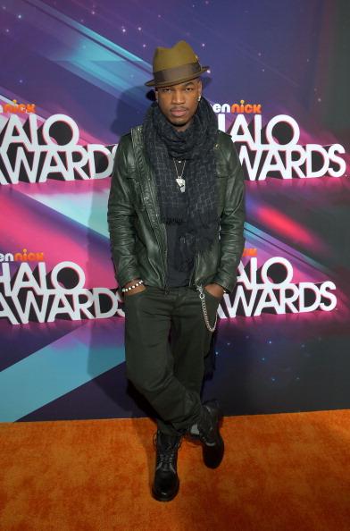 Silver Colored「2012 Halo Awards - Red Carpet」:写真・画像(17)[壁紙.com]