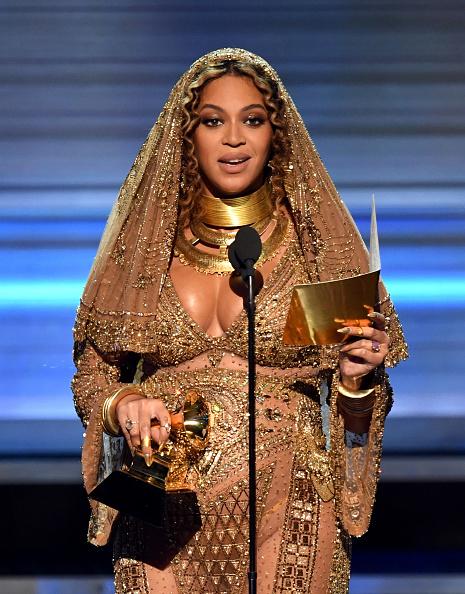 グラミー賞「59th GRAMMY Awards -  Show」:写真・画像(16)[壁紙.com]