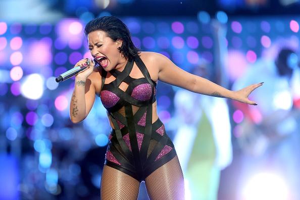 Demi Lovato「2015 MTV Video Music Awards - Pepsi Stage - Fixed Show」:写真・画像(8)[壁紙.com]