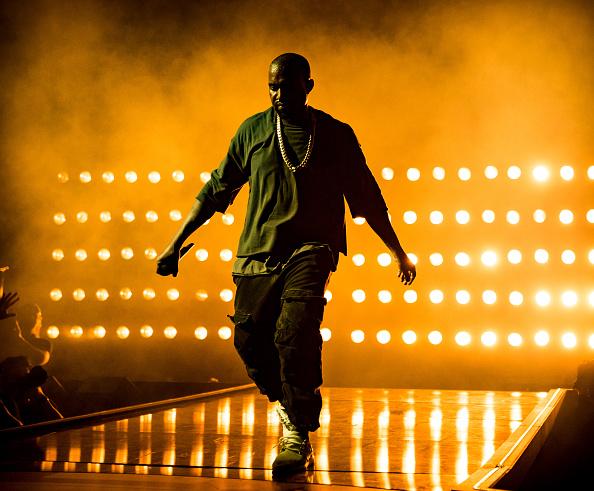 Kanye West - Musician「2015 iHeartRadio Music Festival - Night 1 - Show」:写真・画像(17)[壁紙.com]
