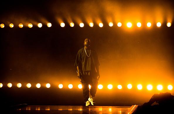 Kanye West - Musician「2015 iHeartRadio Music Festival - Night 1 - Show」:写真・画像(2)[壁紙.com]