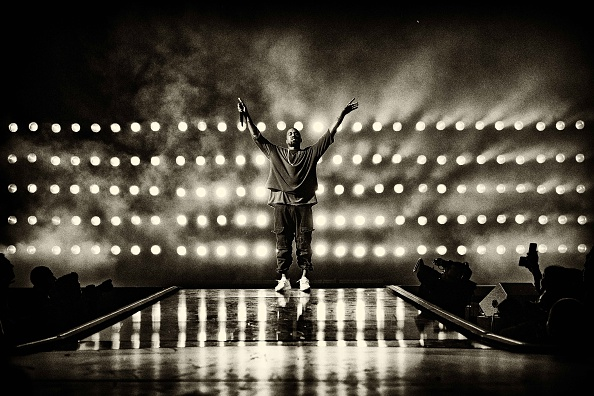 Kanye West - Musician「2015 iHeartRadio Music Festival - Night 1 - Show」:写真・画像(4)[壁紙.com]