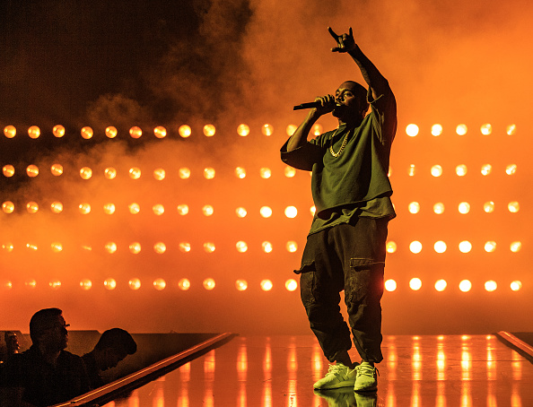 Kanye West - Musician「2015 iHeartRadio Music Festival - Night 1 - Show」:写真・画像(6)[壁紙.com]