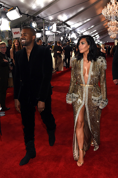 Kanye West - Musician「The 57th Annual GRAMMY Awards - Red Carpet」:写真・画像(10)[壁紙.com]