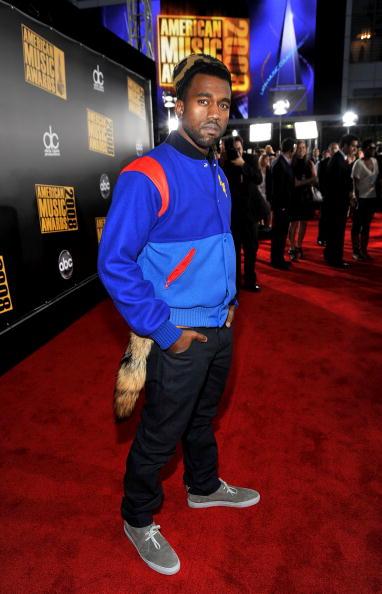 Kanye West - Musician「2008 American Music Awards - Red Carpet」:写真・画像(18)[壁紙.com]