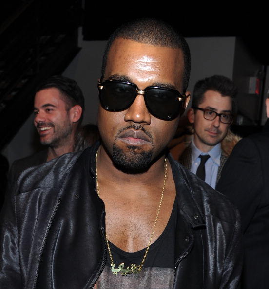 Kanye West - Musician「Band of Outsiders - Front Row & Backstage - Fall 2011 Mercedes-Benz Fashion Week」:写真・画像(17)[壁紙.com]