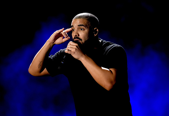 Drake - Entertainer「2016 iHeartRadio Music Festival - Night 1 - Show」:写真・画像(1)[壁紙.com]