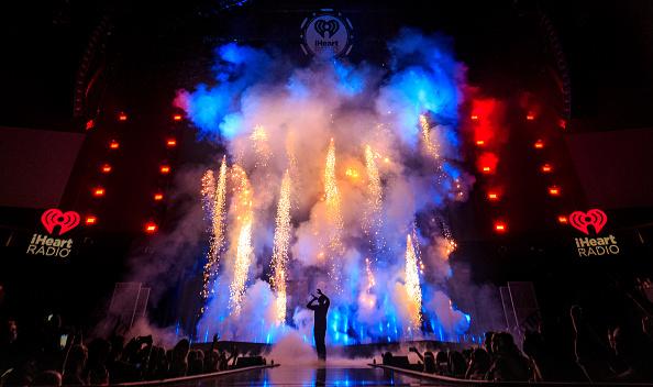 Drake - Entertainer「2016 iHeartRadio Music Festival - Night 2 - Show」:写真・画像(8)[壁紙.com]