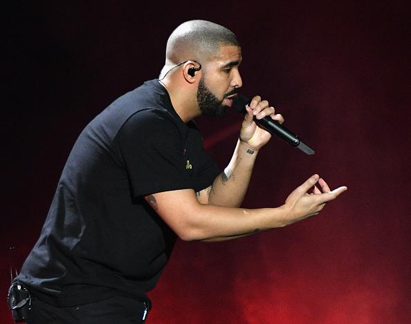 Drake - Entertainer「2016 iHeartRadio Music Festival - Night 1 - Show」:写真・画像(18)[壁紙.com]