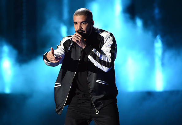 Drake - Entertainer「2016 iHeartRadio Music Festival - Night 1 - Show」:写真・画像(0)[壁紙.com]