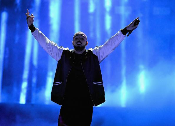 Drake - Entertainer「2016 iHeartRadio Music Festival - Night 1 - Show」:写真・画像(8)[壁紙.com]