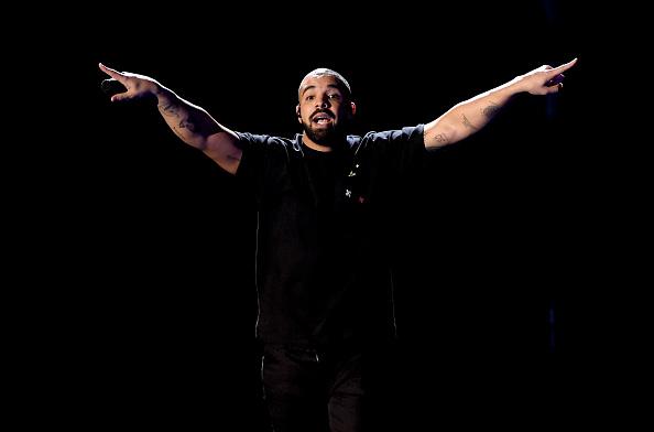 Drake - Entertainer「2016 iHeartRadio Music Festival - Night 1 - Show」:写真・画像(3)[壁紙.com]