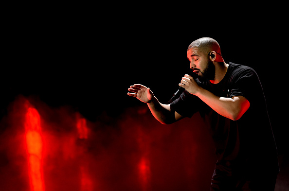 Drake - Entertainer「2016 iHeartRadio Music Festival - Night 1 - Show」:写真・画像(5)[壁紙.com]
