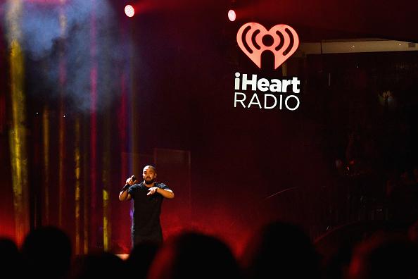 Drake - Entertainer「2016 iHeartRadio Music Festival - Night 1 - Show」:写真・画像(17)[壁紙.com]