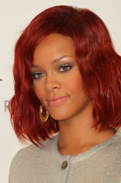 "Dyed Red Hair「Rihanna Celebrates The Launch Of ""Reb'l Fleur"" At Macy's Lakewood Mall」:写真・画像(12)[壁紙.com]"