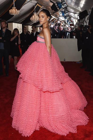 57th Grammy Awards「The 57th Annual GRAMMY Awards - Red Carpet」:写真・画像(13)[壁紙.com]