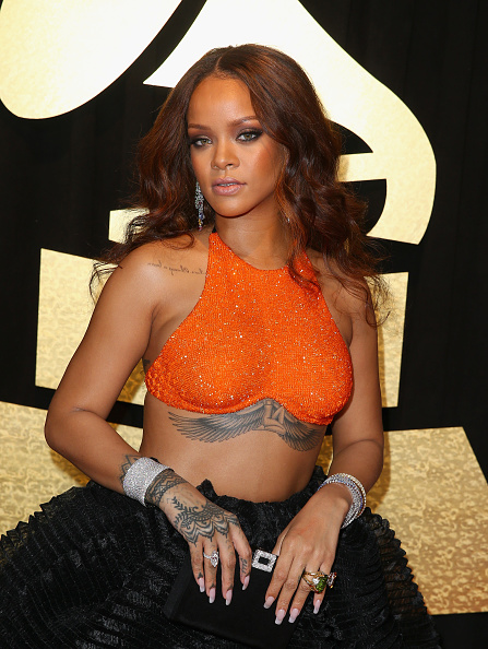 結晶「FIJI Water At The 59th Annual GRAMMY Awards」:写真・画像(10)[壁紙.com]