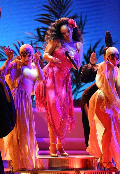 グラミー賞「60th Annual GRAMMY Awards - Show」:写真・画像(8)[壁紙.com]