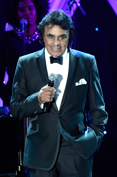 Johnny Mathis「The 57th Annual GRAMMY Awards - Pre-GRAMMY Gala And Salute To Industry Icons Honoring Martin Bandier - Show」:写真・画像(11)[壁紙.com]