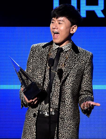 One Man Only「2014 American Music Awards - Show」:写真・画像(9)[壁紙.com]