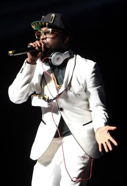 歌う「KIIS FM's 2012 Jingle Ball - Night 1 - Show」:写真・画像(17)[壁紙.com]