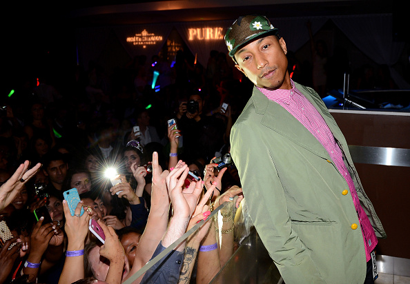 Weekend Activities「Pharrell Williams Memorial Day Weekend Live Performance At PURE Nightclub」:写真・画像(17)[壁紙.com]