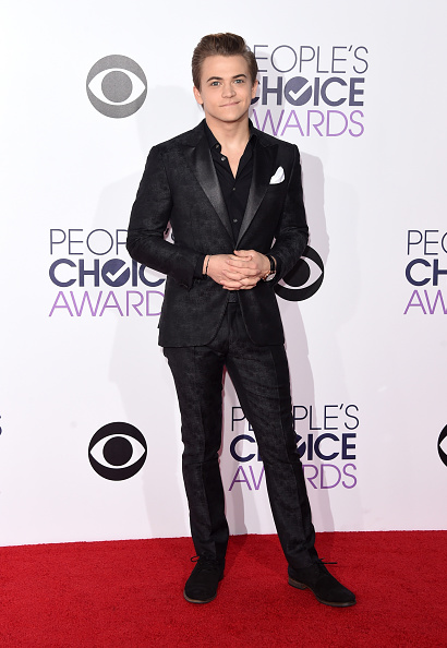 St「The 41st Annual People's Choice Awards - Arrivals」:写真・画像(9)[壁紙.com]