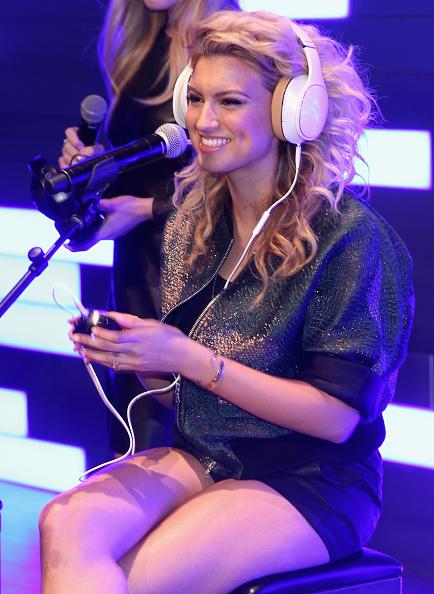 2015年「Samsung Studio LA Hosts A Special Performance With Tori Kelly」:写真・画像(7)[壁紙.com]