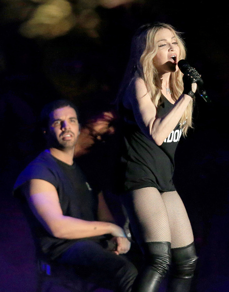 Drake - Entertainer「2015 Coachella Valley Music And Arts Festival - Weekend 1 - Day 3」:写真・画像(12)[壁紙.com]