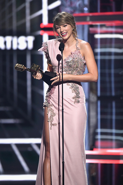 Taylor Swift「2018 Billboard Music Awards - Show」:写真・画像(7)[壁紙.com]