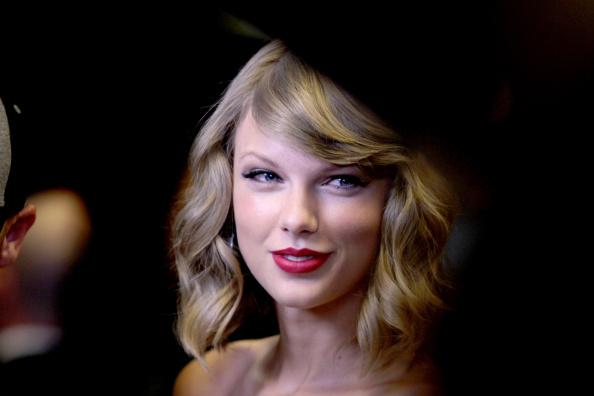 Taylor Swift「2014 iHeartRadio Music Festival - Night 1 - Backstage」:写真・画像(2)[壁紙.com]