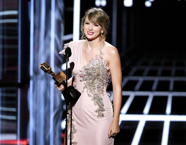 Taylor Swift「2018 Billboard Music Awards - Show」:写真・画像(13)[壁紙.com]