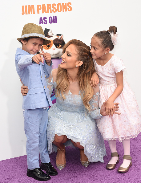 Jennifer Lopez「Premiere Of Twentieth Century Fox And Dreamworks Animation's 'HOME' - Arrivals」:写真・画像(3)[壁紙.com]