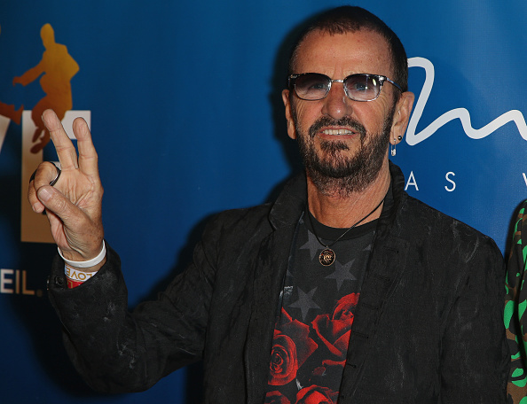 リンゴ・スター「'The Beatles LOVE By Cirque du Soleil' Celebrates Its 10th Anniversary At The Mirage In Las Vegas」:写真・画像(10)[壁紙.com]