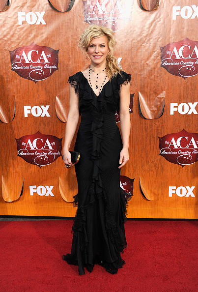 MGM Grand Garden Arena「American Country Awards 2011 - Arrivals」:写真・画像(18)[壁紙.com]