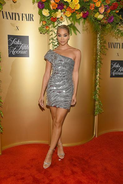 Asymmetric Dress「Vanity Fair And Saks Fifth Avenue Celebrate Vanity Fair's Best-Dressed 2018」:写真・画像(1)[壁紙.com]