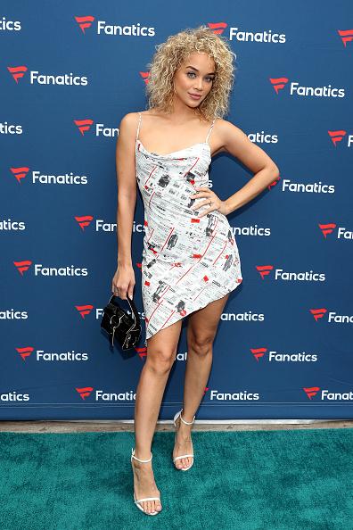 Jasmine Sanders「Michael Rubin's Fanatics Super Bowl Party - Arrivals」:写真・画像(7)[壁紙.com]