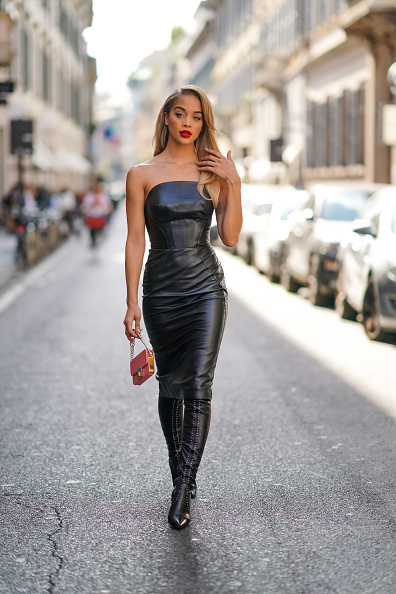 Pencil Dress「Ermanno Scervino – Street Style - Milan Fashion Week Spring Summer 2020」:写真・画像(2)[壁紙.com]