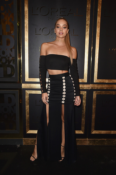 Spring Collection「Gold Obsession Party - L'Oreal Paris : Photocall  - Paris Fashion Week Womenswear Spring/Summer 2017」:写真・画像(15)[壁紙.com]