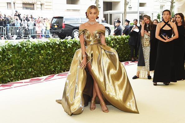 メトロポリタン美術館「Heavenly Bodies: Fashion & The Catholic Imagination Costume Institute Gala - Arrivals」:写真・画像(7)[壁紙.com]