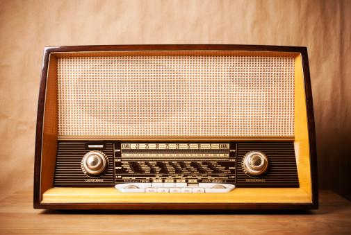 1980-1989「retro radio」:スマホ壁紙(12)