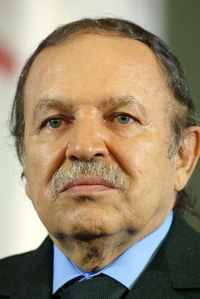 Politics「French President Jacques Chirac Visits Algeria」:写真・画像(8)[壁紙.com]
