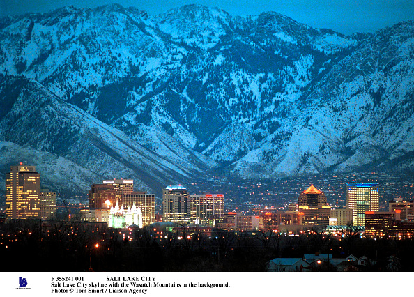 Utah「Salt Lake City Salt Lake City Skyline With The Wasatch Mountains In The Background Pho」:写真・画像(10)[壁紙.com]