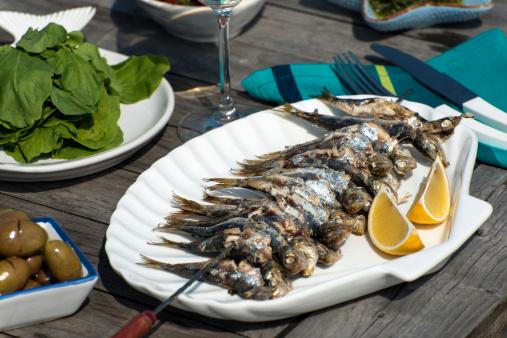 Sea Bream「Fried Sardine Fish」:スマホ壁紙(2)