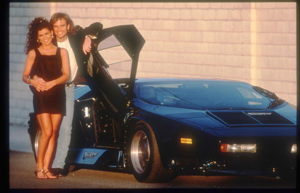 Vehicle Door「Tennis Player Andre Agassi Poses With His Girlfriend...」:写真・画像(1)[壁紙.com]